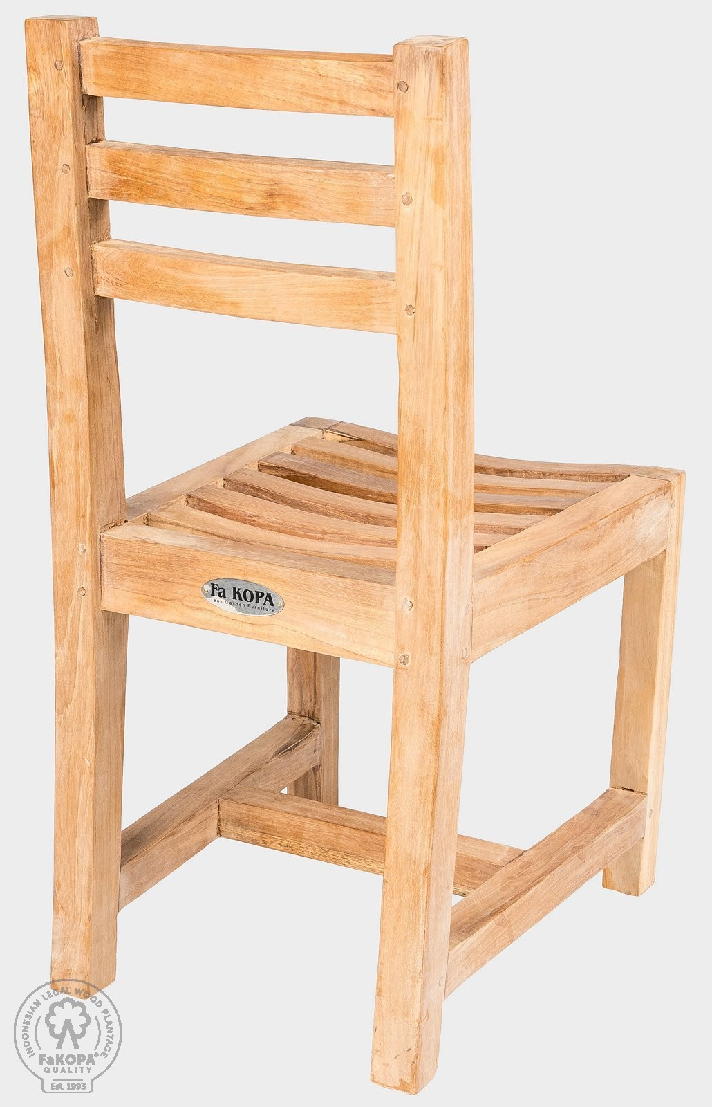 židle z teaku