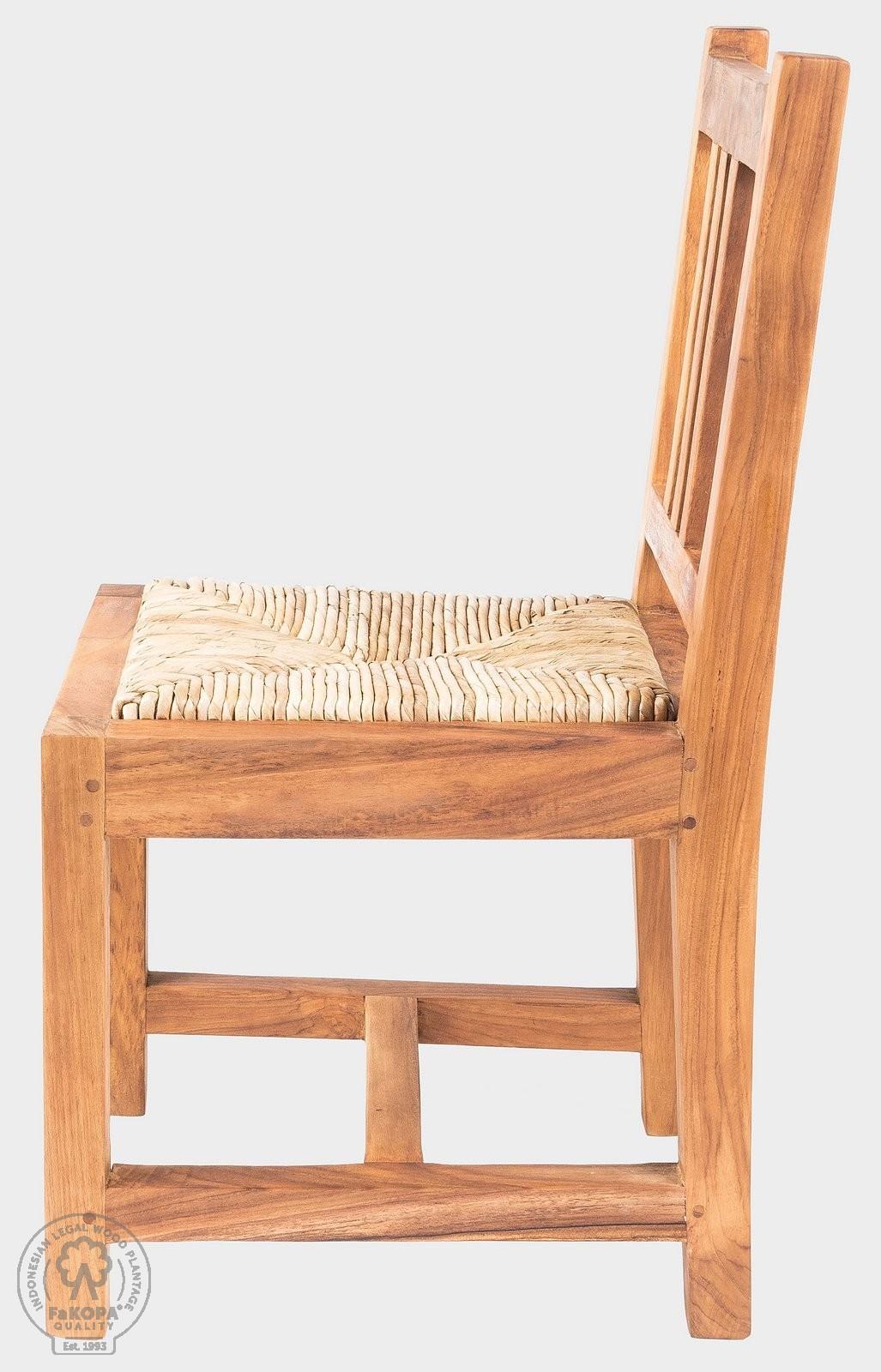 židle s výpletem z teaku